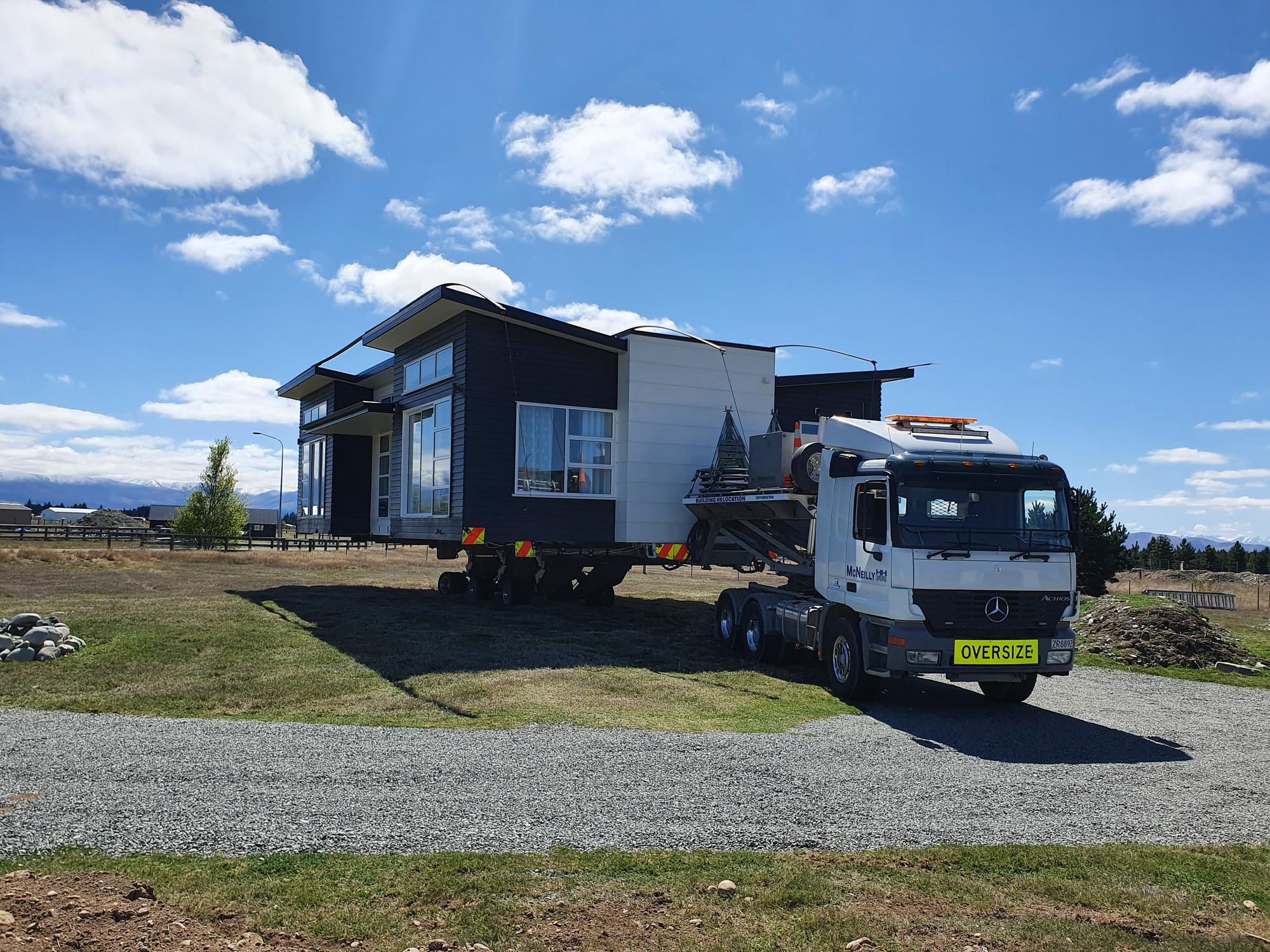 McRaeway Show Home arriving on site