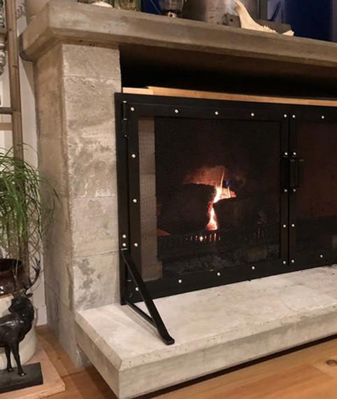 Fire surrounds, fireside utensils, stands, screens & guards.