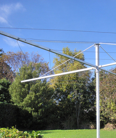 Rotary clotheslines, T Post Clotheslines & L-Shaped clotheslines shipped NZ-wide.