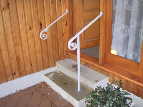 Small decorative handrail