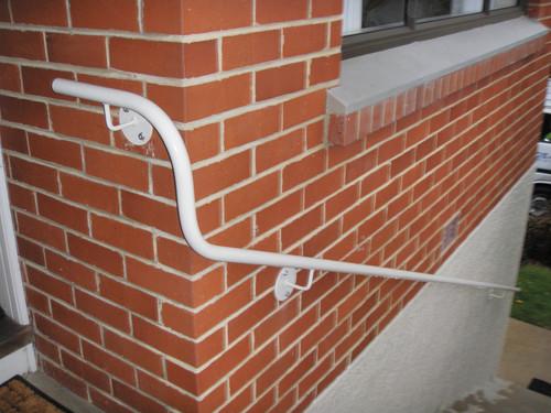 Modern handrail that goes around a corner