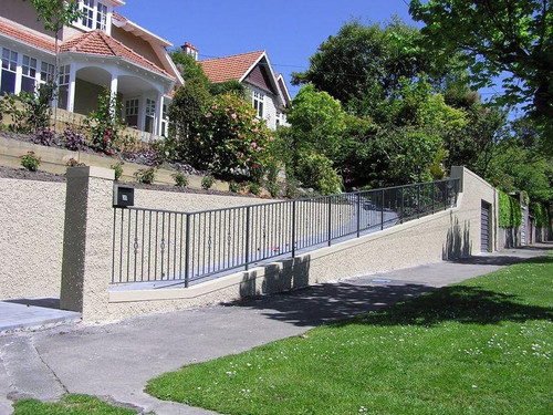 Otago Engineering formerly IRONGEAR fence with decorative baluster