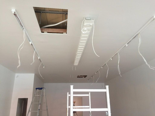 Electrical installation of shop lighting