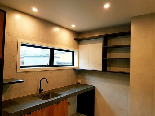 Kitchen with domestic plumbing
