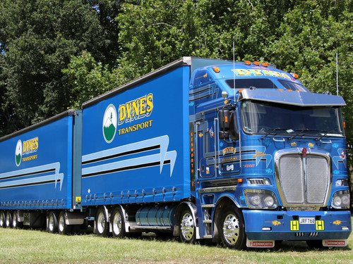 Dynes articulated truck
