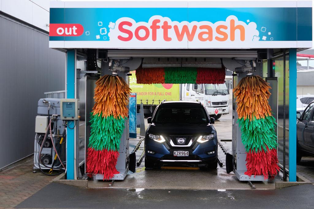 The car wash at Balclutha Caltex