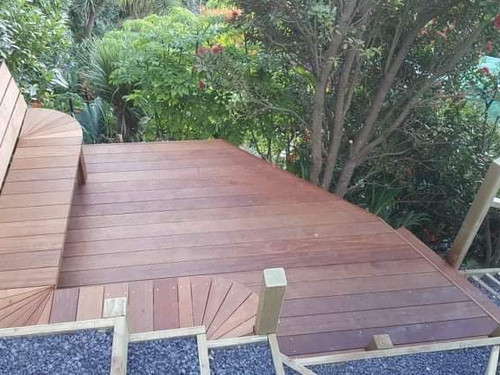 Decking and boxed stairs by Outlet Homes