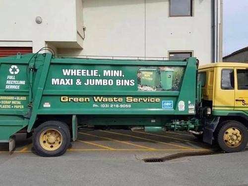 Southern Transport Wheelie Bin Rear loader Truck #17