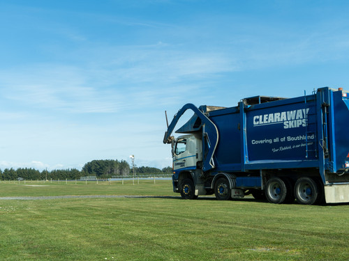 Clearaways Front load Skip truck out at Teretonga Park Raceway